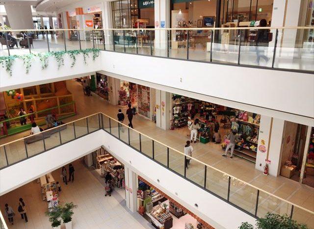 N102 商場的服飾販賣 (輕井澤)