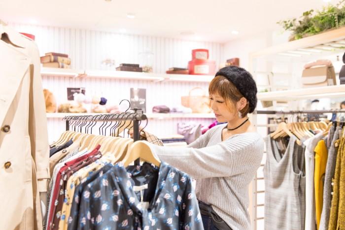 Y96.3 大手アパレルメーカーの正社員採用!ファッションに興味ある方、歓迎! (日本国内)